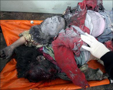 ثلاثة من أطفال نزار ريان الذين أزهقت الصواريخ الإسرائيلية أروا�هم وهم في منزلهم