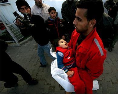 �تى أطفال غزة مستهدفين من آلة ال�رب الإسرائيلية